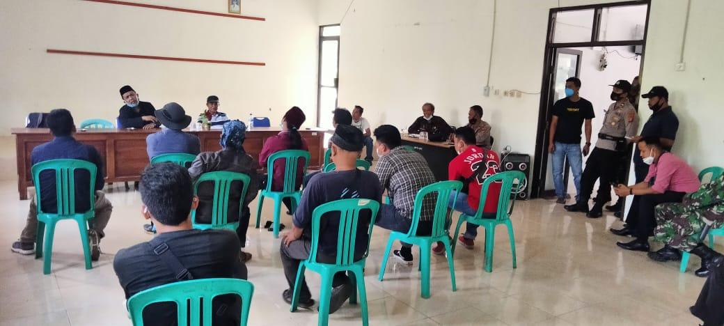 Peleton Pemuda Pandeglang menggelar audiensi bersama Camat dan jajarannya untuk meminta evaluasi program Bantuan Pangan Non Tunai