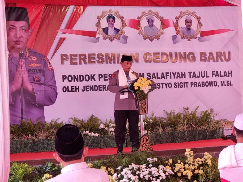 Ponpes Salafiyah Tajul Falah menyambut hangat kunjungan silaturahmi Kapolri Jenderal Pol Drs Listyo Sigit Prabowo, M.Si pada Sabtu