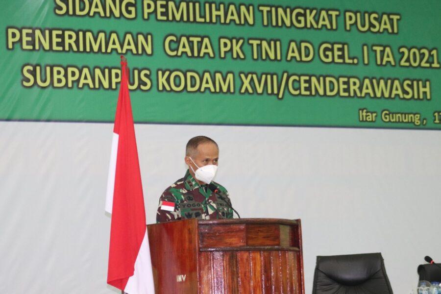 Calon Tamtama PK TNI AD Gelombang I TA 2021 mengikuti Sidang Pantukhir Tingkat Pusat yang dipimpin langsung oleh Pangdam XVII/Cenderawasih