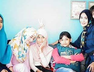 Nayla sukses memerankan Husna hingga banyak penggemar merasa kehilangan karena film Tukang Ojeg Pengkolan sudah jarang lagi muncul