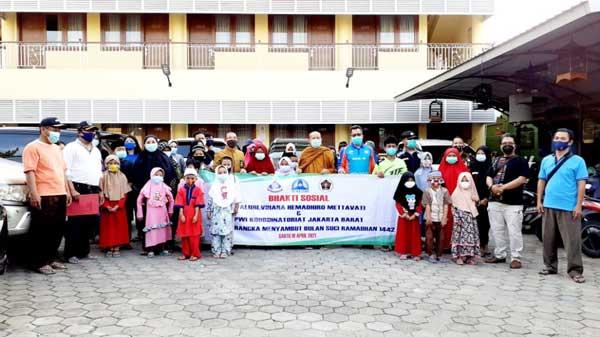 Kami dari PWI Koordinatoriat Jakarta Barat juga memberikan apresiasi yang setinggi-tingginya kepada Walubi dan Vihara Hemadhiro Mettavati