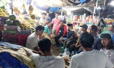 Warga di lingkungan Pasar merasa keberatan adanya Stasiun Rangkasbitung ditutup dengan dikeluarkannya surat permohonan pemberhentian KRL