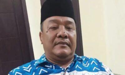 Seorang dermawan yang juga tokoh masyarakat Kecamatan Cibadak, Muhaemin dikenal oleh warga dengan kedermawanannya. Hal ini bukan tanpa sebab