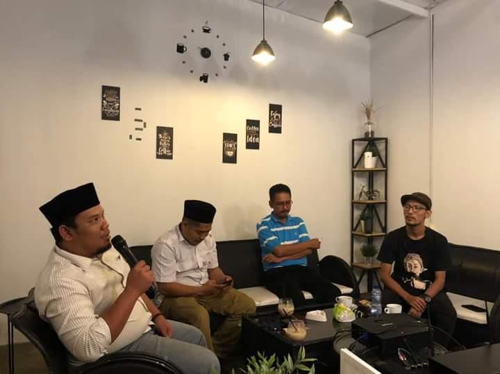 Ketua DPW Badak Banten menanggapi dugaan kasus korupsi dana hibah Pondok Pesantren (Ponpes) yang terus mengalami eskalasi isu