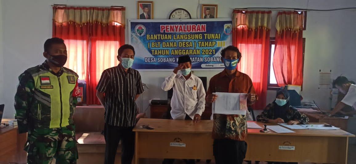 Penyaluran Bantuan Langsung Tunai (BLT) anggaran Dana Desa (DD) tahap 3 kepada 70 Keluarga Penerima Manfaat (KPM) berjalan lancar dan kondusif