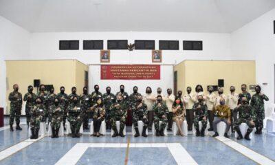 pada acarapembukaan Pembekalan Keterampilan (Bektram) Hantaran Pengantin dan Tata Busana (Menjahit) Program Spers TNI TA 2021