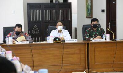 Pandemi Covid-19 tak kunjung mereda wilayah di Indonesia, termasuk diantaranya Kota Madiun Jawa Timur. Hal tersebut membuat Panglima TNI