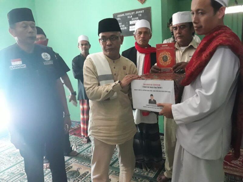 (DPRD) Kabupaten Sukabumi, Ade Dasep Zainal Abidin tunaikan janji politik kegiatan Jumat keliling (Jumling) dengan mendatangi setiap wilayah