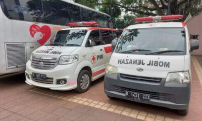 Palang Merah Indonesia (PMI) DKI Jakarta menyiagakan enam mobil jenazah guna mendukung bagian pemakaman Dinas Pertamanan dan Hutan