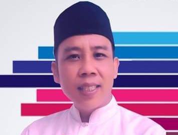 Yanto 38 tahun siap dan bangkit menuju perubahan mencalonkan dirinya calon Kepala Desa (Kades) Cikatomas, Kecamatan Cilograng,