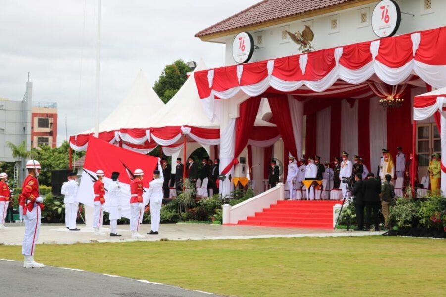 Pangkogabwilhan I Laksda TNI Muhammad Ali menghadiri upacara peringatan HUT ke 76 Kemerdekaan RI Tingkat Propinsi Kepri tahun 2021