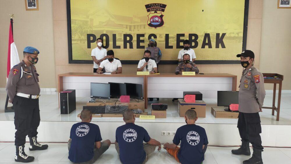 Satreskrim) Polres Lebak Polda Banten menggelar press conference pengungkapan kasus tindak pidana pencurian dengan kekerasan