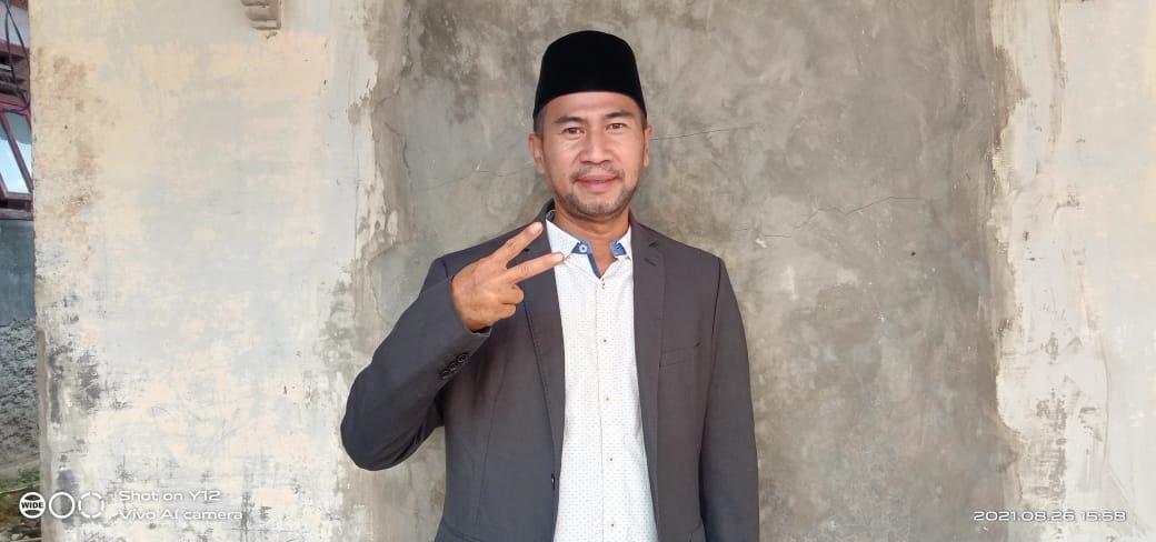 Sumarna yang merupakan salah satu calon Kepala Desa Cimayang yang telah resmi ditetapkan pada hari Minggu tanggal 22 Agustus 2021