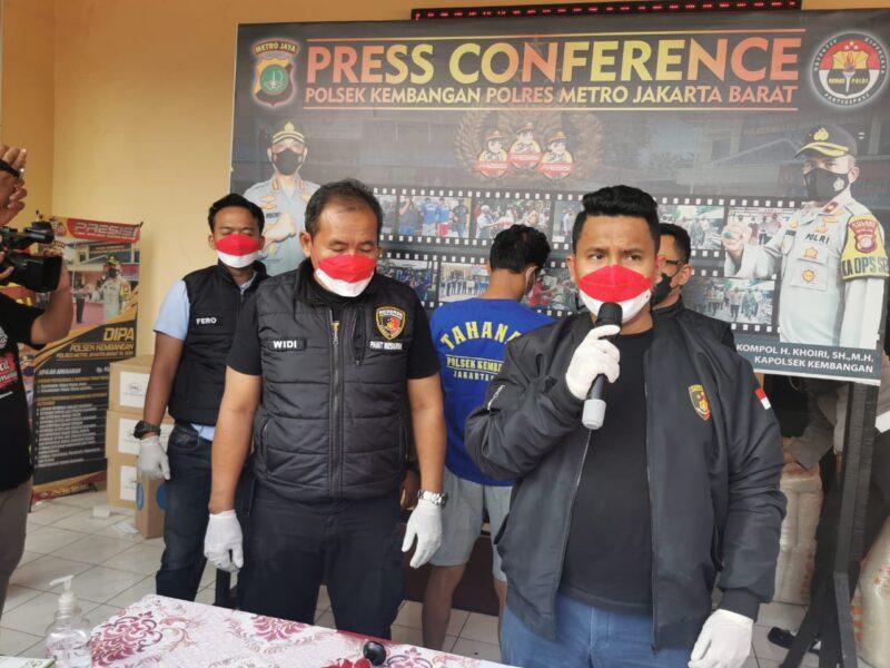 Polisi ungkap modus pemerasan di sebuah proyek pembangunan perkantoran dan hunian di jalan Joglo raya RT 001/ RW 007 Kembangan Jakarta Barat