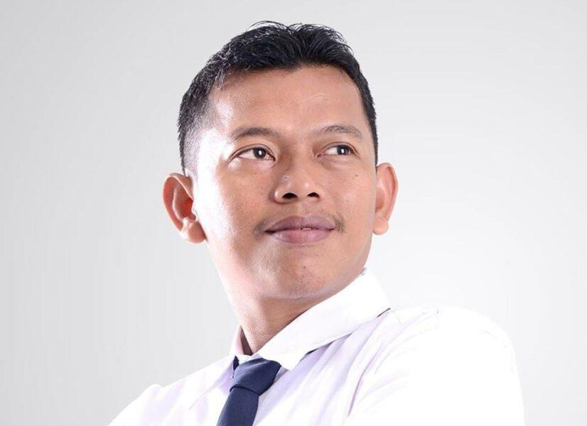Andi Suhandi calon Kepala Desa (Kades) Datarcae, Kecamatan Cirinten, Kabupaten Lebak Banten merupakan incumbent kembali maju