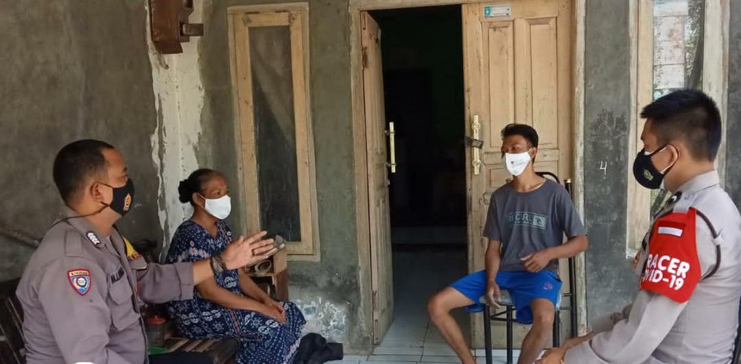 Polsek Pandeglang Bhabinkamtibmas Kelurahan Kabayan Bripka M. Ima Deni. D, SH bersama Tim Tracer Kecamatan Pandeglang melakukan tracing