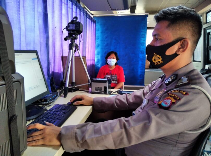Ditlantas Polda Banten meningkatkan pelayanannya untuk memberikan kemudahan kepada masyarakat yang ingin memperpanjang (SIM).