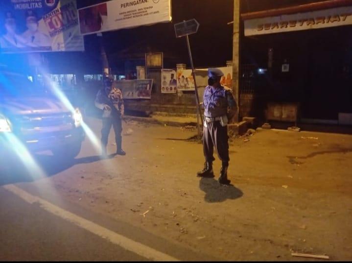 Polsek Bayah Polres Lebak Polda Banten melaksanakan patroli dialogis cegah aksi kejahatan Curat, Curas dan Curanmor (C3) di wilayah hukum