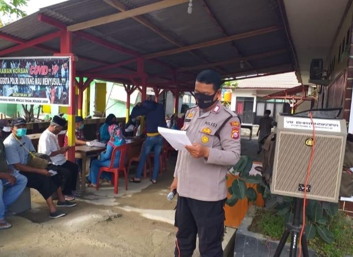 Polsek Bayah Polres Lebak Polda Banten menggelar gebyar vaksinasi Covid-19 dosis 2 dengan target sasaran 200 orang yang diadakan di halaman Mako