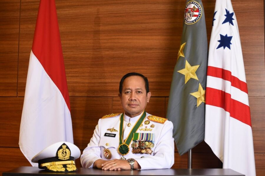 Kolonel Bakamla Wisnu mengatakan di Laut Natuna Utara memang banyak kapal asing karena wilayah tersebut merupakan pintu masuk