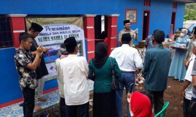 Kepala Desa (Kades) Tenjo Jaya Jamal Azis meresmikan Mushola Nurul Nabila Al-Katam yang berada di Desa Tenjo Jaya, Kecamatan Cibadak