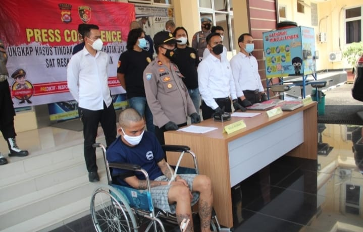 Polres Lebak Polda Banten berhasil ungkap kasus pencurian dengan kekerasan (Curas) dengan menangkap 4 terduga pelaku begal