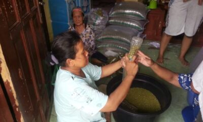 Masyarakat Kampung Cilampang diberikan kegiatan kemas kacang ijo oleh PT AAm di Kelurahan Unyur, Kecamatan Serang, Provinsi Banten