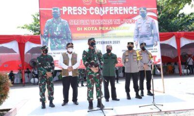 Sebanyak 1.000 dosis yang akan diberikan kepada pelajar SMP di Kota Pekanbaru, dengan didukung 35 vaksinator gabungan TNI-Polri dan Dinkes