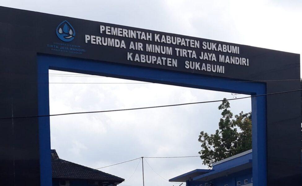 (Dirtek) PDAM Perumda PT Tirta Jaya Mandiri Iyus Sugiarto mengklarifikasi pemberitaan mengenai tanpa adanya pemberitahuan