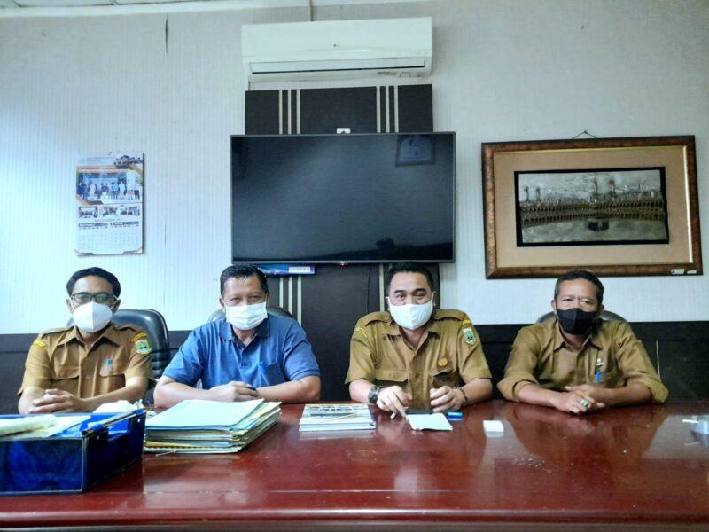 pegawai non Aparatur Sipil Negara (ASN) di lingkungan Sekretariat DPRD Provinsi Banten heboh dengan kebijakan baru yang diberlakukan