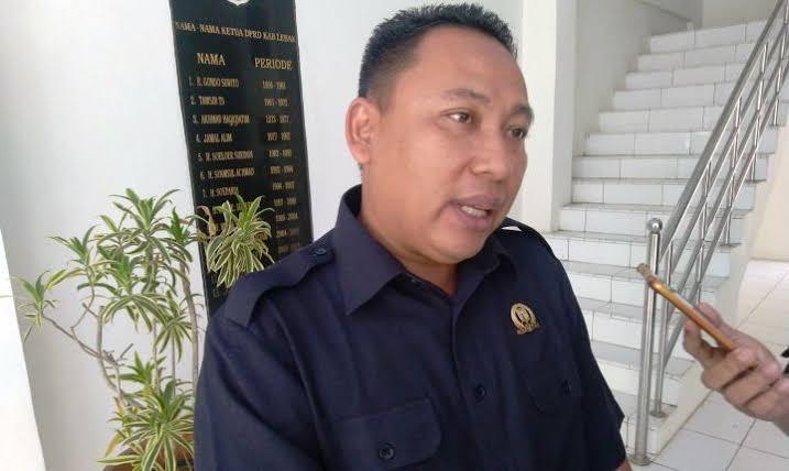 Anggota DPRD Lebak mengapresiasi Gubernur Wahidin Halim dalam memajukan Provinsi Banten dengan merealisasikan berbagai sektor pembangunan.