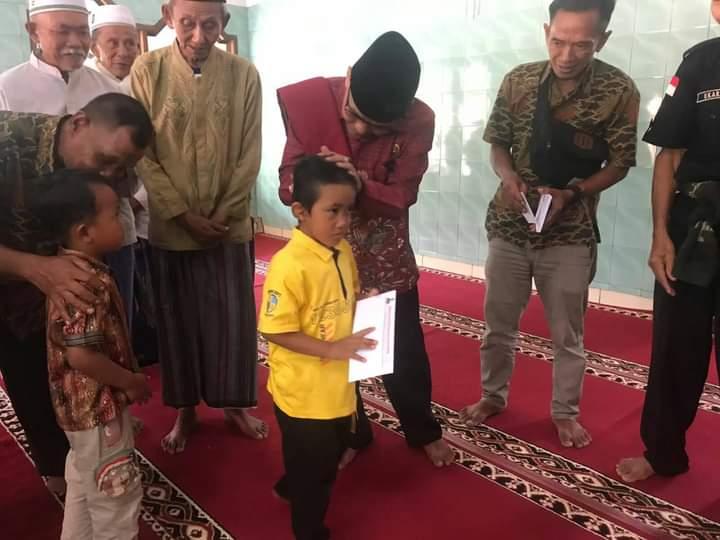 Ade dasep mengungkapkan kebahagianya karena masih diberi kesempatan untuk tetap penuhi janjinya untuk kembali datangi masjid masjid di Dapil 3