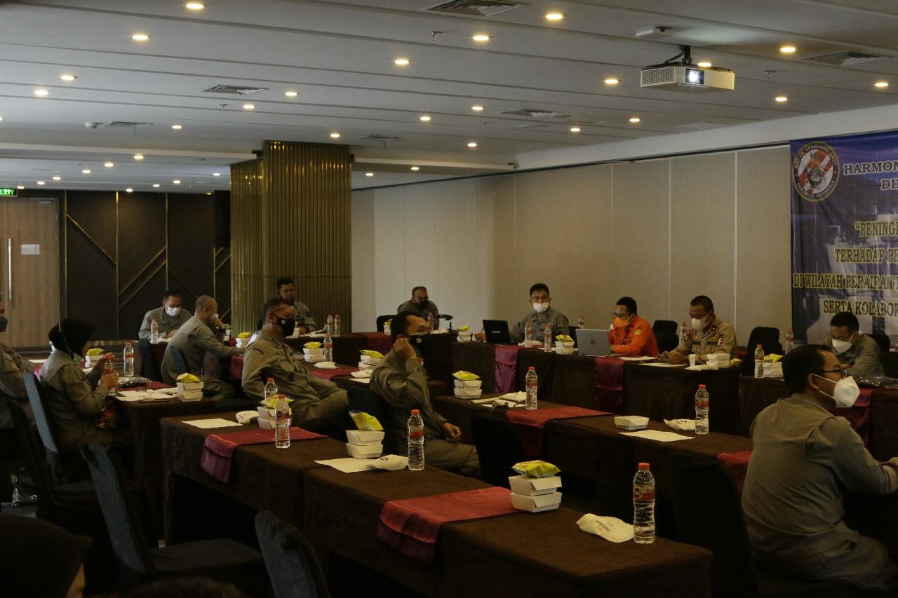 Badan Keamanan Laut Republik Indonesia (Bakamla RI) menyelenggarakan Rapat Kerja Harmonisasi Strategi Keamanan Bidang Peringatan Dini